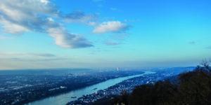 Beitragsbild für freien Download des Artikels Geocachen in Bonn - Blick auf Bonn