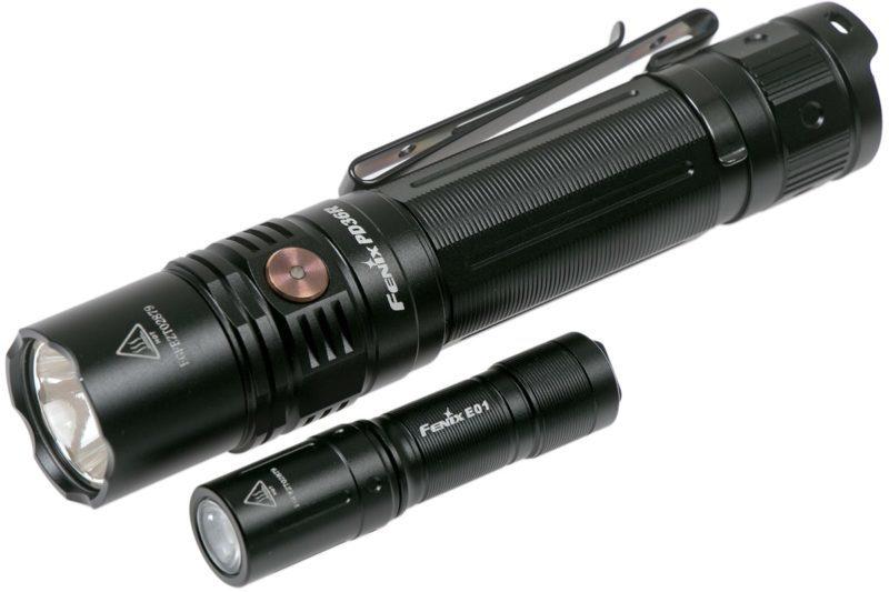 Fenix PD36R 1600 Lumen + Schlüsselbundlampe E01